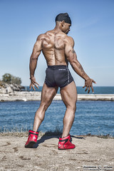 Bodybuilder - Jeremy - Chicago (RickDrew) Tags: usa lake chicago man black water canon illinois big healthy muscle il cap strong strength bodybuilder doo rag fit mk5 michiganshore