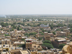 "Jaisalmer: vue du resto sur le lac <a style=""margin-left:10px; font-size:0.8em;"" href=""http://www.flickr.com/photos/127723101@N04/22402652181/"" target=""_blank"">@flickr</a>"