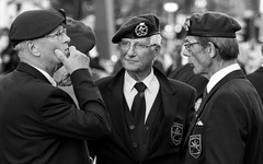 2015_09_18_7292 (Edwin Heefer) Tags: people freedom respect streetphotography eindhoven ww2 operationmarketgarden liberated 2015 18september 18septemberplein