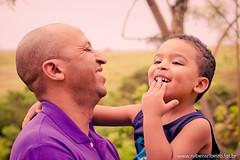 Gustavo e Papai Clovis (Rubens Ribeiro Fotografia) Tags: life park boy portrait baby flower umbrella canon daddy kid dad style son