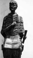 Saint (Hilal'in Vizörü) Tags: sculpture nuernberg nuremberg germany deutschland old town city culture blackandwhite photography siyahbeyaz fotograf aziz heykel almanya kultur eski sehir