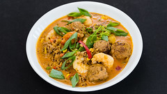 Curry prawns with pork beef meatballs (garydlum) Tags: redchillies ginger prawns springonion meatballs corn onion pork peas tomatoes capsicum chillies belconnen marmalade beef mince jalapeñopeppers canberra