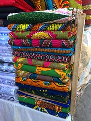 Pagne (Rachel Strohm) Tags: africa fabric ghana cloth accra africanfabric waxprint pagne kitenge waxprintcloth