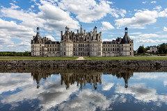 Chteau de Chambord (- Andy B) Tags: windows france reflection castle clouds de chambord chateau loire chteau leonardodavinci chteaux kingfrancisioffrance