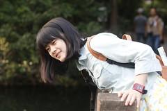 _MG_1708 (xiang_zp) Tags: girl 50mm pebble