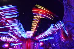 C la foire : Air Maxx (mlig212) Tags: blue red color colour colors night speed rouge movement colours nacht couleurs atmosphere wideangle move bleu amusementpark blau liege nuit foire couleur mouvement roue lige vitesse bigeye lttich fluidity grandangle 1116 dynamique parcdattraction fluidit tokina1116 nikond5100
