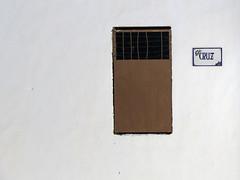 Pobre pero limpio (Micheo) Tags: white blanco ventana pared spain pueblo cal balcón jaén frailes andalucóa