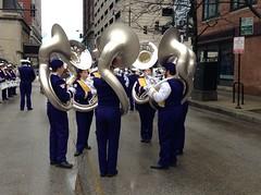 Tubas (Dubi Kaufmann) Tags: thanksgiving chicago uniform purple band parade marching tuba