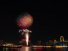 PC180875 (manabu kato) Tags: bridge rainbow fireworks sigma odaiba 19mm yakatabune epm2