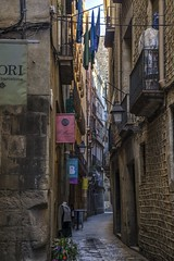 Gothic district. El Gòtic. Barcelona. (ithyrsus) Tags: nikon d5200 photoshop photomatix street calle urban barcelona cataluña spain