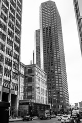Street walk session December 9-2016 pic21 (Artemortifica) Tags: boats cta canon chicago franklinbridge lake sony state street bridges buildings buses downtown mirrorless people river winter il usa