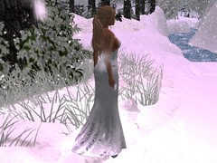 Walking in a Winter Wonderland (Emberotic Fashion Designs) (thewhitpit) Tags: emberoticfashiondesigns poshpixels catwa maitreya truthhair glamaffair mayfly alyce dress white femaleavatar christmas snow outside gwen lara let it gown india skin