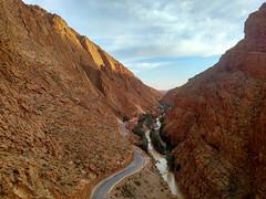 A caminho do deserto (claudiaimaizumi) Tags: viagem marrocos deserto saara intercambio trip morocco