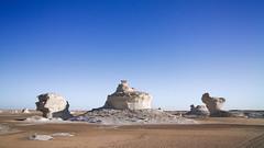 White desert, Egypt (pas le matin) Tags: desert landscape paysage outdoor travel voyage world egypt égypte afrique africa sahara whitedesert dry sand sandstone limestone canon 7d canon7d eos7d canoneos7d