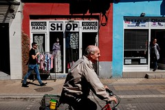 simple street scene (Zlatko Vickovic) Tags: street streetphotography color novisad srbija serbia vojvodina zlatko vickovic lightandshadow shadow urban city streetcolor people zlatkovickovicphotography