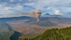 IMG_4030 (JoStof) Tags: indonesia java bromo volcano eruption ash smoke seaofsand semeru crater tengger caldera batok jawatimur indonesië idn