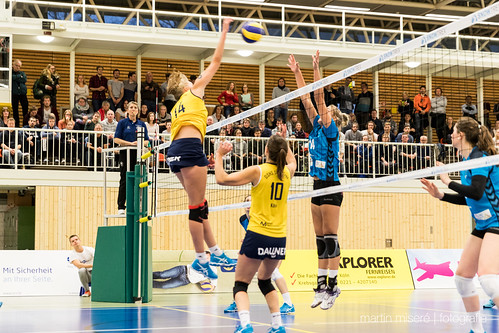 "3. Heimspiel vs. Volleyball-Team Hamburg • <a style=""font-size:0.8em;"" href=""http://www.flickr.com/photos/88608964@N07/32694279331/"" target=""_blank"">View on Flickr</a>"