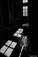 Dark...... (Lupogrande25) Tags: blackwhite finestra bracciano castelloorsiniodescalchi