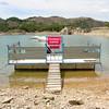 Prohibido subirse (Jaime_Marco) Tags: agua zaragoza tranquera embalse navegación