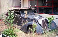 Bell023 (72grande) Tags: sarlat 1990 lancia sleepingbeauties dilambda herbertwhesselmann collectionmicheldovaz fantasmesautomobiles micheldovaz muséeautomobiledesarlat