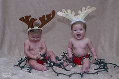 Lyla & Aria's photo shoot (jianfarphotography) Tags: christmas xmas girls portrait people baby cute kids sisters lights twins babies adorable