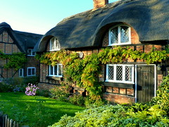 Cobwebs Cottage at Ampthill (Jayembee69) Tags: england beds cottage bedfordshire thatch halftimbered thatched ampthill cobwebscottage cottageorné earlofupperossory