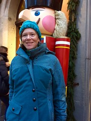 Nancy Brown at Käthe Wohlfahrt´s Christmas Village (Nancy D. Brown) Tags: germany christmasmarket nutcracker käthewohlfahrt nancybrown nancydbrown