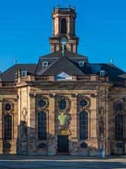 Saarbruecken | Ludwigskirche 4 (Wolfgang Staudt) Tags: saarbruecken saarland ludwigskirche ludwigsplatz barock stengel kirche bauten bauwerke stadt staedtischesmotiv stimmungsvoll grossstadt westspange westspangenbruecke lichtspiel abendhimmel reflection
