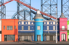 Pleasure (Nick Barkworth) Tags: nikond90 nikkor35mm blackpool pleasurebeach urban