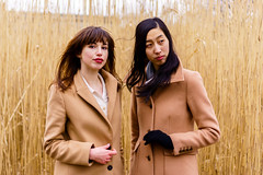 Matching Coats 2 ((Jessica)) Tags: matchingcoats tancoats coats highgrass fens fenway boston massachusetts outdoors people portraits sonya6000 sonyalpha