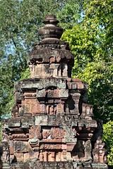 Cambodia - Angkor Banteay Srey (zorro1945) Tags: temple asia cambodia stonecarving carving siemreap angkor indochina banteaysrey templesofangkor khmerart sandstonecarving khmerarchitecture