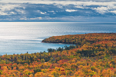 Pancake Bay Point (Bryan O'Toole) Tags: autumn lake ontario canada fall water leaves landscape nikon colours superior hike trail cp lakesuperior greatlake manfrotto saultstemarie northernontario algoma gnd pancakebayprovincialpark batchewana leefilters nikond810 kenkopro1d nikkorafs70200mmvr edmundfitzgeraldlookouttrail pancakelookouttrail edmundfitzgeraldlookout pancakelookout