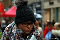 06-IMG_2372 Street Candid (marinbiker 1961) Tags: woman hat scarf tammy buchananstreetglasgow 2015glasgow taratanscarf