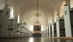 Zions Kirke - Blick vom Einagnag zum Altarraum; Esbjerg, Dänemark (94)