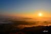SOBRE NUBES (6toros6) Tags: alfredo aficionados azul amanece sol d7100 flickr12days nikon luz navarra naturaleza niebla paisaje invierno cielo monte mar
