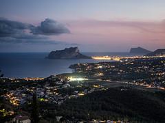 Moraira, Calp i el Penyal d'Ifach (monsalo) Tags: atardecer noche mar mediterraneo nocturna calpe moraira ifach calp penyal monsalo
