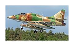 A-4N Skyhawk N262WL (richieb56) Tags: flying force air gear down systems german bae  skyhawk flyg aviazione avion flygplan adversary luftwaffe  aviacin   anflug khng   wittmund aeronave hng c luftfart a4n penerbangan  schleppziel   dartstaffel phi