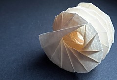 Two-layered Helix with Hole (modular.dodecahedron) Tags: tomokofuse origamispiral