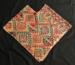 Nahua Cape Quechquemitl Mexico (Teyacapan) Tags: mexico embroidery mexican cape textiles hidalgo bordados nahua acaxochitlan quechquemitl sanfranciscoatotonilco