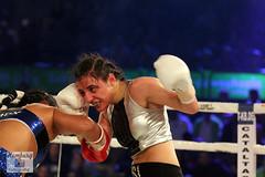 Susana Cruz Perez vs Susi Kentikian (49) (Sport + Event) Tags: woman girl fight box ox boxing susi blut boxen kampf kentikan