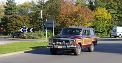 IMGP7089 (Steve Guess) Tags: uk england car station wagon estate jeep eagle woody surrey ute gb 17 suv lhd byfleet j741ovk