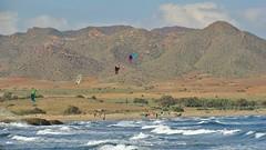 (Sa Shula de Tarifa) Tags: autumn sea beach mar waves desert playa otoo desierto kitesurf olas almera mediterrneo cometas genoveses