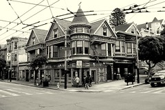 Haight-Ashbury district, San Francisco, CA, USA. (SETIANI LEON) Tags: sanfrancisco voyage california ca street travel blackandwhite usa white black streets monochrome architecture america canon eos vacances blackwhite reflex san francisco flickr noir unitedstates noiretblanc district united haight masonic journey american haightashbury 7d and states dslr hai rue et extérieur blanc rues unis immeuble batiment ashbury californie noirblanc whiteandblack whiteblack blancetnoir etatsunis americain batiments exterieur etats masonicstreet amerique blancnoir flickraward eos7d flickrunitedaward flickrtravelaward