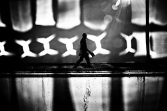 (ajhenriques) Tags: bw black white digital street minimal abstract light shadows human people silhouete lisbon lisboa contrast city walking blackandwhite monochrome portugal windows nikon d200 men architecture reflections ray sunbeam flare