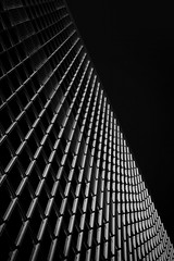 Aligned (Alessandro Vastalegna) Tags: canon700d efs1755mm london canarywharf autumn 2016 perspective repetition series verticality geometric naturallight sunshine contrast structure values