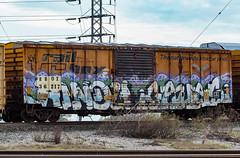 (o texano) Tags: houston texas graffiti trains freights bench benching hindue gouls ghouls sws wh gtb d30 a2m adikts