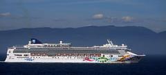 Norwegian Pearl (Worthing Wanderer) Tags: alaska cruise ship princess rubyprincess city departure port sea coast victoria britishcolumbia canada