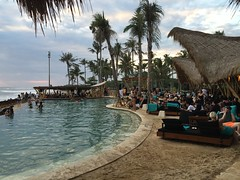 IMG_5268 (Bali .com - Snapshots from the Island of the Gods) Tags: finns beach balibeach canggu bali balicom balidotcom sunset beachclubs balisunsets wisata baliwisata