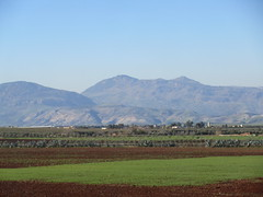 Fields and view of mountains from railway west of Fez, Morocco (Paul McClure DC) Tags: morocco fez almaghrib dec2016 scenery fèsmeknèsregion