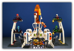 LEGO space ramp launch . (peter-ray) Tags: lego space ramp launch ship missile rocket razzo interstellar peter ray minifigure mini figure star starship trek mars mission police moc afol diorama samsung nx2000